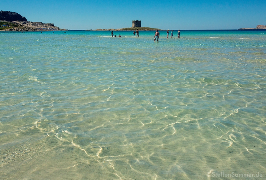 sardinia_shallow_beach_castle